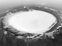 Российско-европейский зонд нашел на Марсе гигантские запасы воды