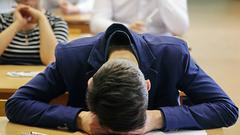 Жириновский заступился за ученика, покрасившего волосы